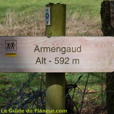 Le panneau à Armengaud