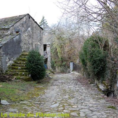 Les rues pavées de Ferrières