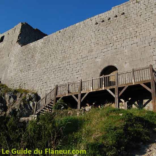 Balade au château de Montségur dans l'Ariège