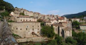 Le village d'Olargues