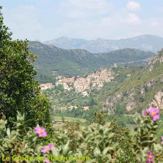 Randonnée à Roquebrun dans l'Hérault
