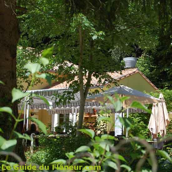 Le restaurant la prise d'Alzeau dans l'Aude