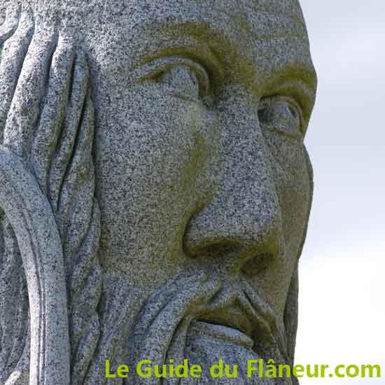 Visites et tourisme - La vallée des saints à Carnoët