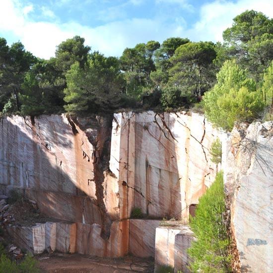 Carrière de marbre à Caunes-Minervois