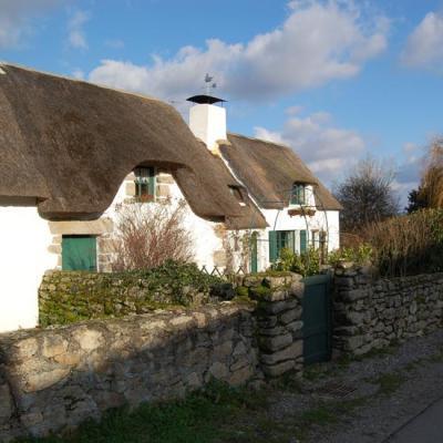 Maison au toit de chaume