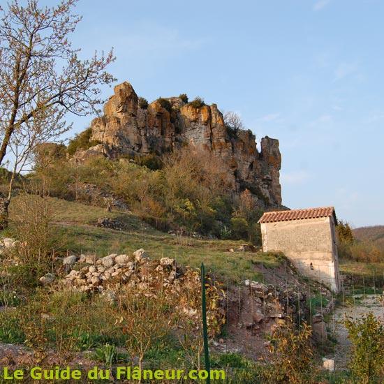 Le rocher de Caylus en fin de journée
