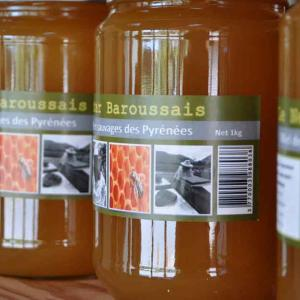 Producteur de miel à Sarp