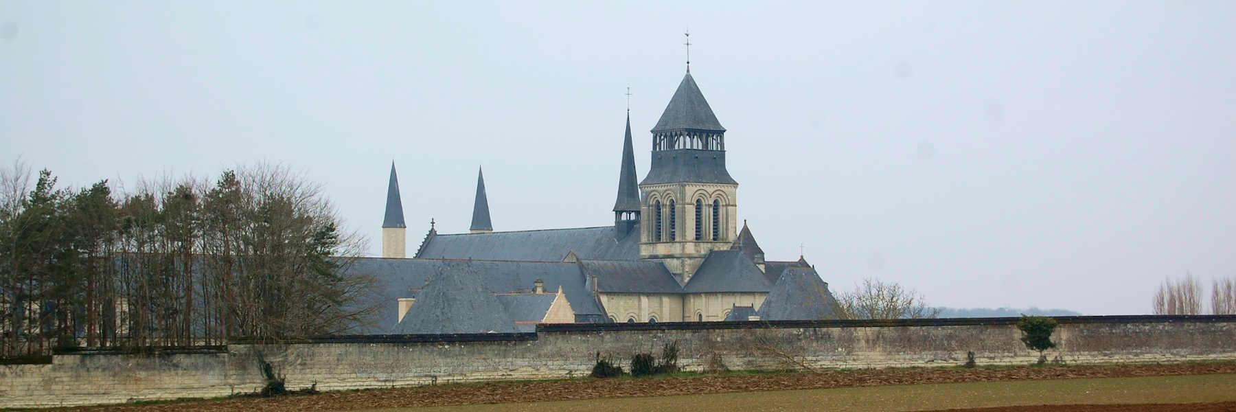 Visite du village de Fontevraud-l'Abbaye