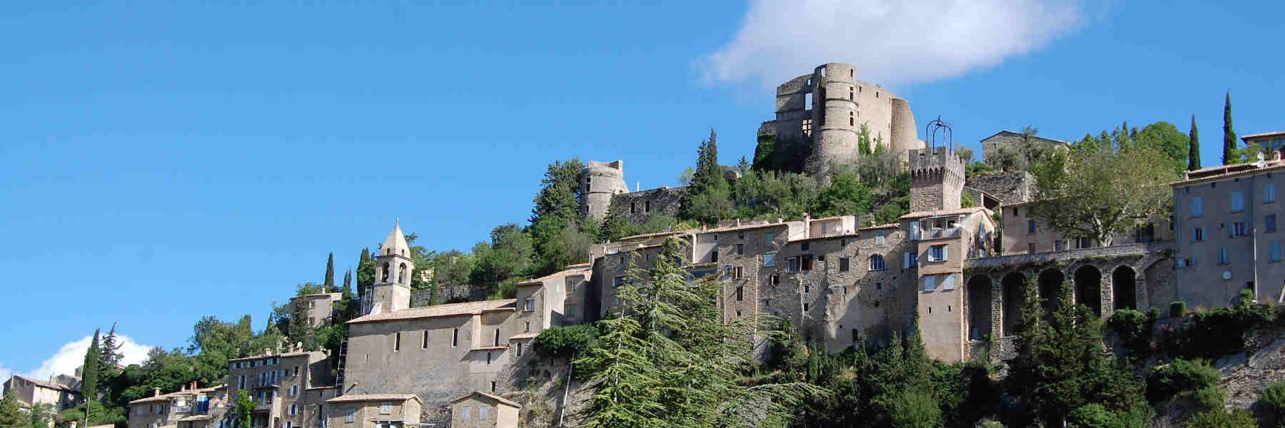 Visite du village de Montbrun-Les-Bains