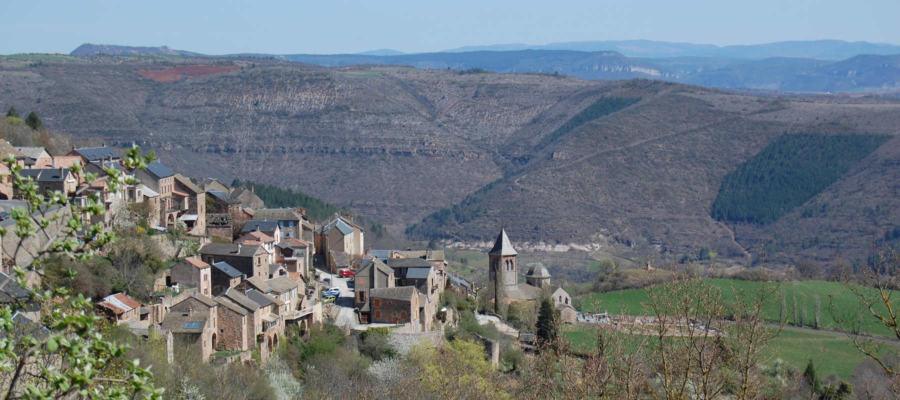 Visite du village de Montjaux