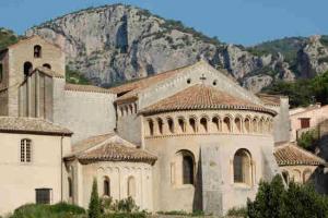 Visite village saint guilhem desert 2